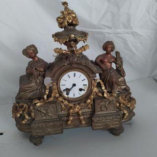 Reloj sobremesa antiguo