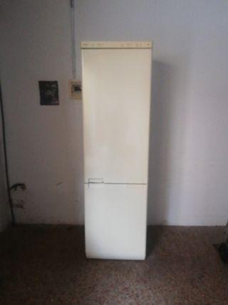 frigo crolls alto 2.00 m
