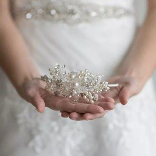 Corona de novia a estrenar