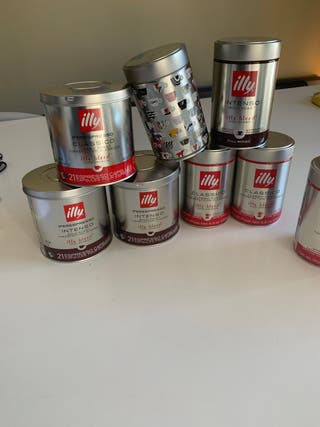 Cajas metálicas de Illy dos tamaños