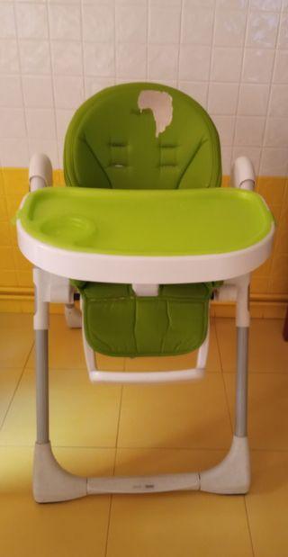 silla o trona de comer para bebés