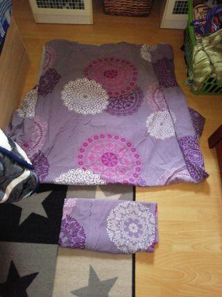Colcha de cama de 90 por 8 €