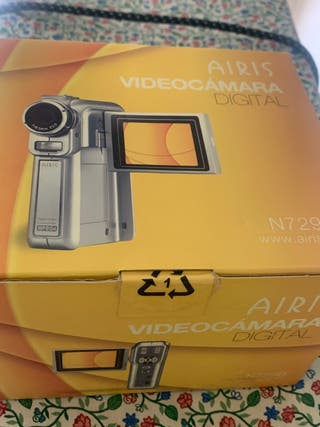 Videocamara digital Airis N729D