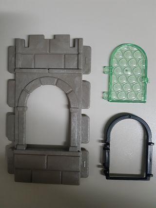 Pared y ventana medieval