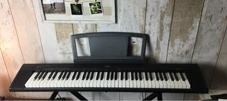 Vendo Piano portable Yamaha np30