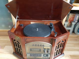 Radio cassett cd y tocadiscos estilo antiguo