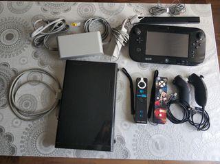 Consola Wii U + 2 mandos + juegos