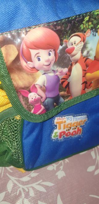 mochila tigger para niños