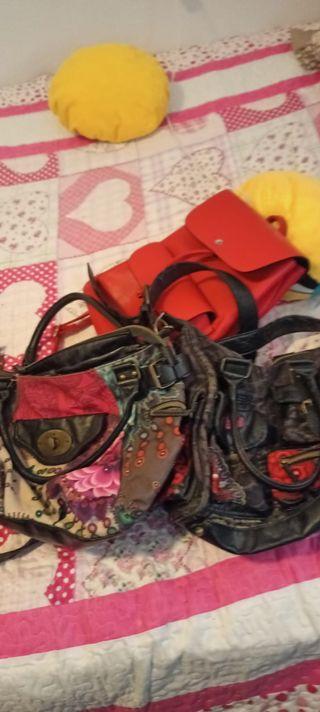 Bolsos y mochila
