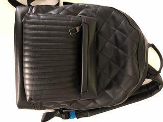 Mochila oficina Zara piel negro
