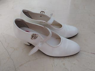 Zapatos de flamenca blancos N.37