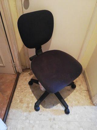 silla de estudio con ruedas