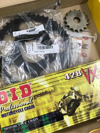 -- Kit transmion 07 nuevo derby gpr 125 r 06 año 2