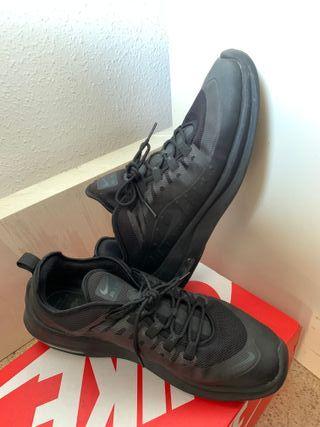 Zapatillas Nike talla 47,5