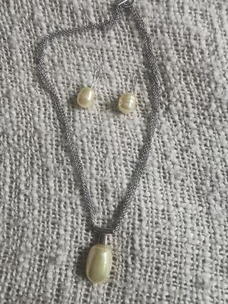 Conjunto Majorica Collar y pendientes