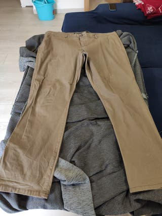 Pantalón chino marrón C&A