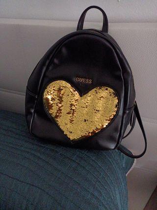 mochila de marca para salir solo entrega en mano