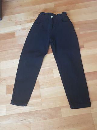 pantalon pana niña color negro. 10 años. 140CM.