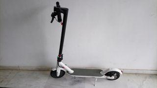patinete eléctrico brigmtom