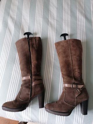 botas piel marrones
