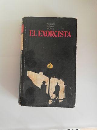 libro antoguo el exorcista