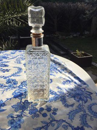 Botella cristal tallado
