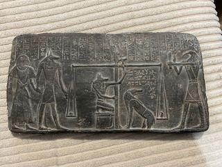 Piedra con Relieve decoración egipcia