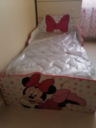 Cama de Minnie Mouse