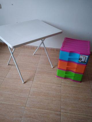 mesa y cajonera