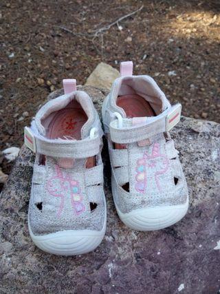 Zapatos Biomecanics talla 20