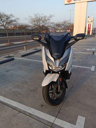 Honda forzá 300
