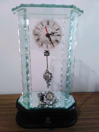 Reloj Sobremesa de cristal
