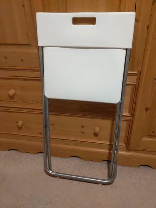 White portable chair IKEA