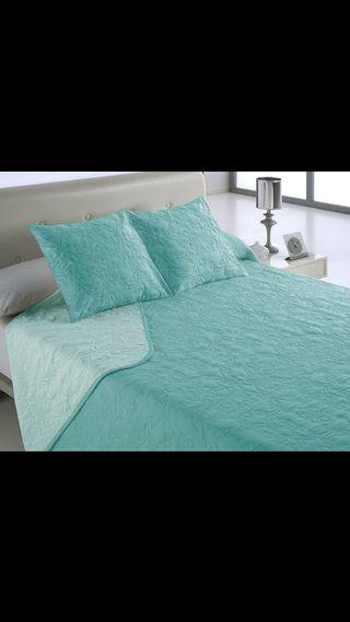 Colcha de cama color turquesa cama de 150 cm