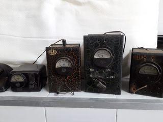 Elevadores de potencia de radio antiguos