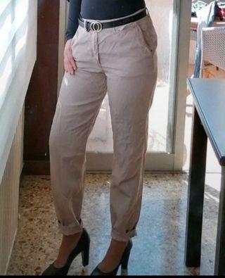 pantalones chinos Zara