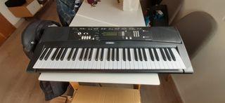 Piano Yamaha EZ-220