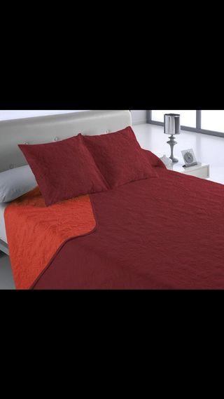 Colcha de cama color rojo cama de 90 cm