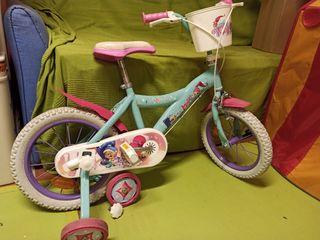 Bicicleta infantil con ruedines 30€
