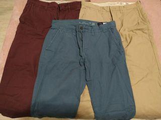 Pantalones chinos hym
