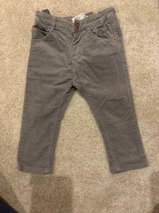 Pantalón pana gris