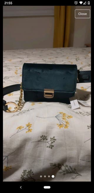 New green velvet Topshop bag with tag