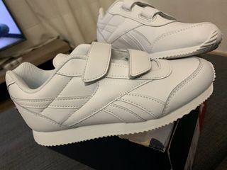 Zapatillas Reebok de niño nuevas