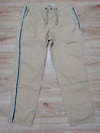pantalones tipo chino