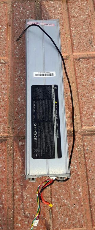 Vendo batería XIAOMI m365 Pro Original