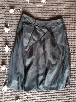 falda negra