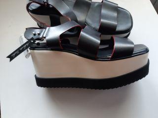 sandalia de piel nuevas