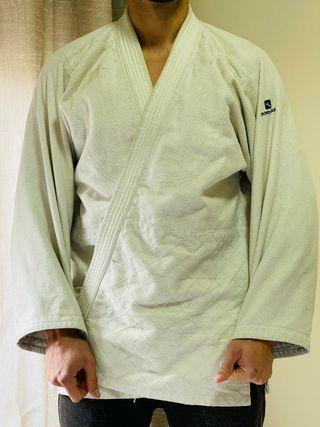 kimono jiu-jitsu / judo