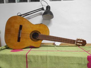 Guitarra clasica Giannini GWNFLST electroacustica