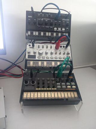 volca Kick , volcá bass, volcá Beats , stand